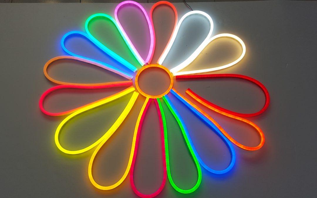 LED-valokaapelin värimallit